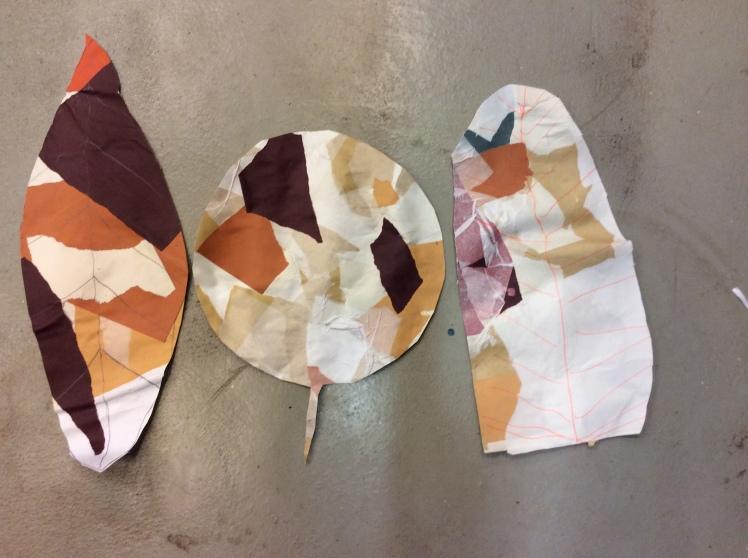 Valmiit sävykkäät paperiset puunlehdet
